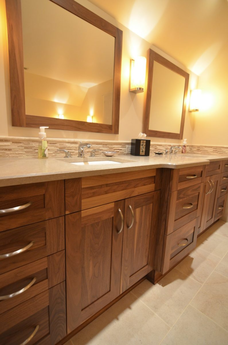 Traditional Bathroom Designs & Bath Remodeling Photo Gallery